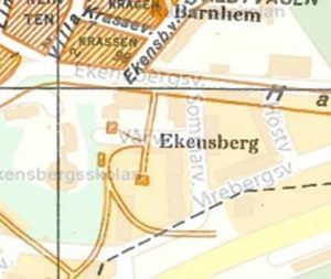 Förstoring. bebyggelsen i och kring Vårvägen som kallades för Ekensbergs gård före 1954.