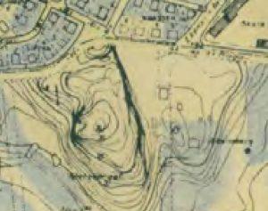 Ekensberg i topografisk karta från 1948 i kraftig förstoring. Ekensbergs gård är utmärkt samt andra byggnader som hörde till gården.