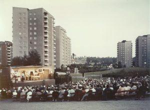 Teaterföreställning i Skytteholmsparken 1967.